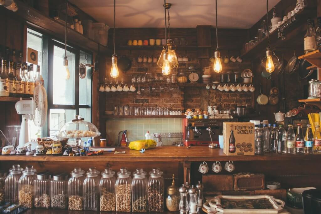 bar-bottles-commerce