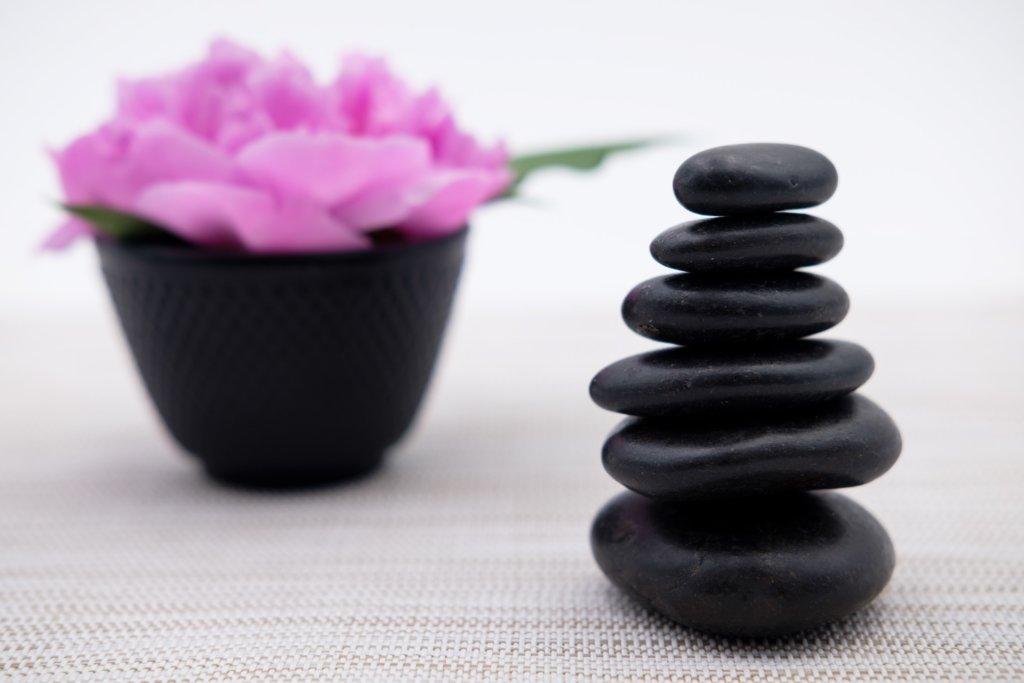 stones_massage